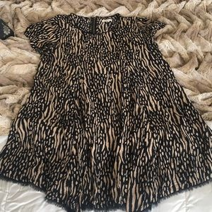 Dresses & Skirts - Urban Outfitters Dress Size M